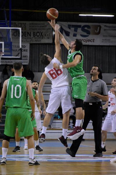 https://www.basketmarche.it/immagini_articoli/12-10-2019/regionale-live-risultati-giornata-girone-tempo-reale-600.jpg