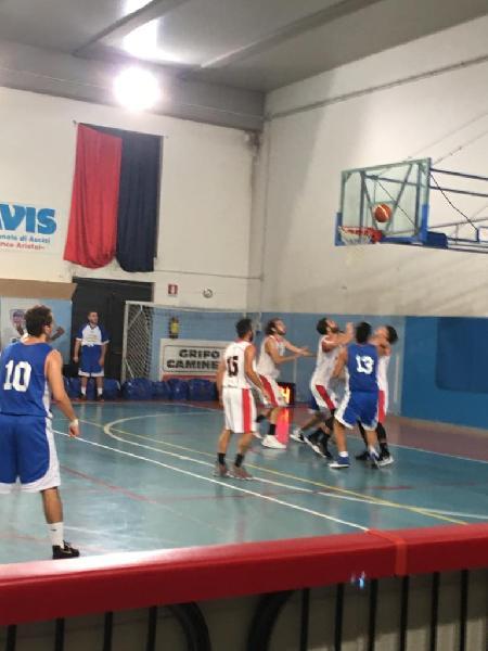 https://www.basketmarche.it/immagini_articoli/12-10-2019/regionale-umbria-gare-sabato-basket-assisi-imbattuta-colpo-esterno-fara-sabina-600.jpg