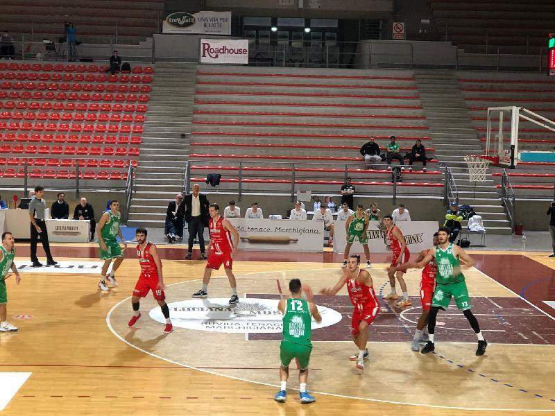 https://www.basketmarche.it/immagini_articoli/12-10-2021/campetto-ancona-brinda-prima-vittoria-campionato-parole-coach-coen-capitan-centanni-600.jpg