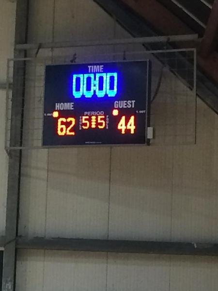 https://www.basketmarche.it/immagini_articoli/12-11-2018/posticipo-successo-vuelle-pesaro-basket-cagli-600.jpg