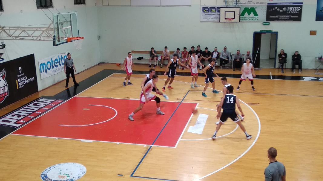 https://www.basketmarche.it/immagini_articoli/12-11-2019/tripla-tabella-sirena-condanna-perugia-basket-progetto-roma-basket-600.jpg