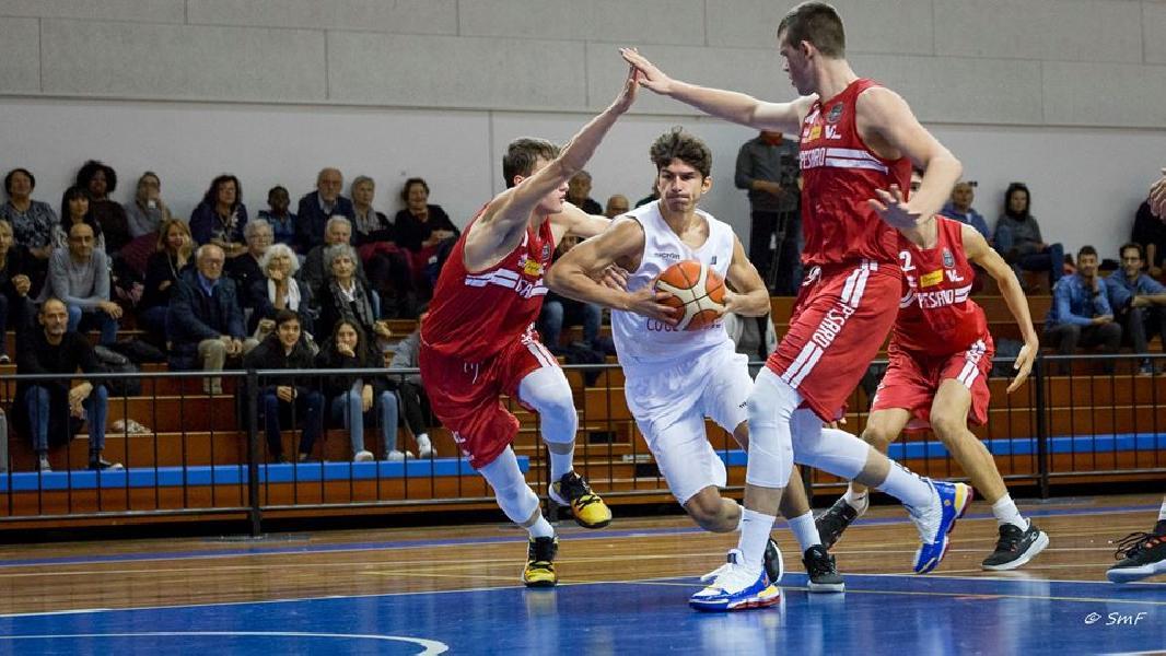 https://www.basketmarche.it/immagini_articoli/12-11-2019/under-pesaro-vince-scontro-diretto-campo-titano-marino-600.jpg