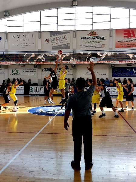 https://www.basketmarche.it/immagini_articoli/12-11-2019/under-poderosa-montegranaro-impone-ancona-progetto-2004-600.jpg