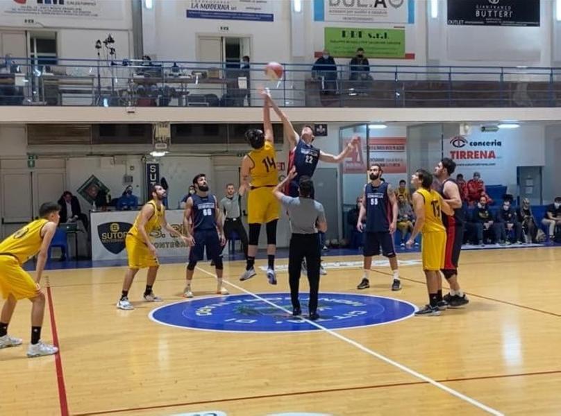 https://www.basketmarche.it/immagini_articoli/12-11-2020/supercoppa-comoda-vittoria-pallacanestro-senigallia-montegranaro-600.jpg