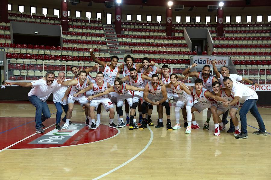 https://www.basketmarche.it/immagini_articoli/12-12-2020/teramo-coach-stirpe-quella-giulianova-gara-vincere-costi-600.jpg