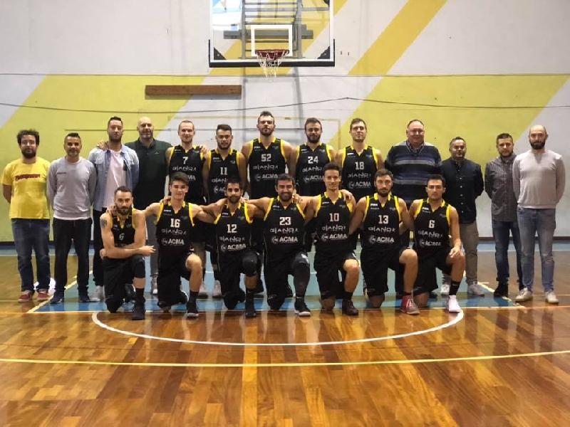 https://www.basketmarche.it/immagini_articoli/13-01-2019/brown-sugar-fabriano-espugnano-campo-sacrata-porto-potenza-600.jpg
