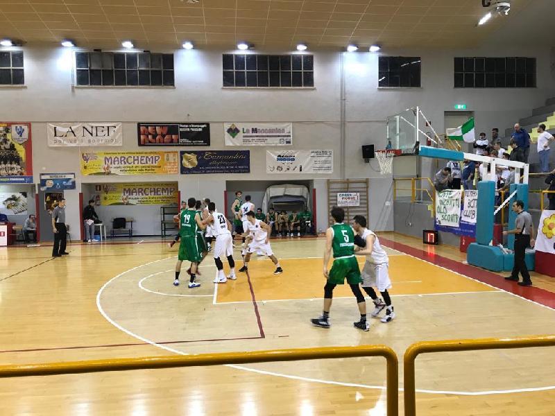 https://www.basketmarche.it/immagini_articoli/13-01-2019/convincente-vittoria-robur-osimo-basket-fossombrone-600.jpg