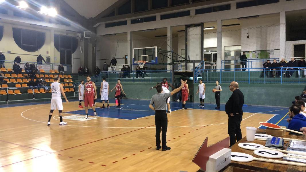 https://www.basketmarche.it/immagini_articoli/13-01-2019/vigor-matelica-espugna-nettamente-campo-isernia-basket-600.jpg