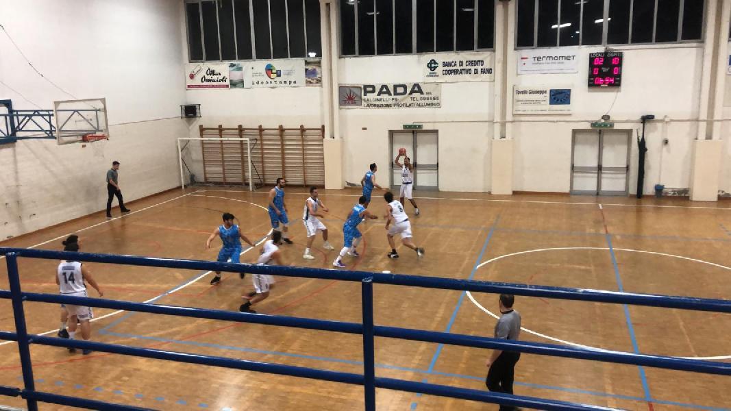 https://www.basketmarche.it/immagini_articoli/13-01-2020/senigallia-basket-2020-ferma-porta-casa-nona-vittoria-consecutiva-600.jpg
