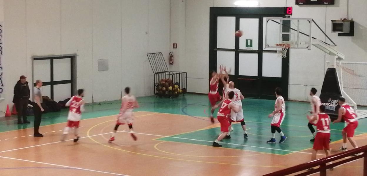https://www.basketmarche.it/immagini_articoli/13-01-2020/sericap-cannara-doma-fatica-buona-nestor-marsciano-600.jpg