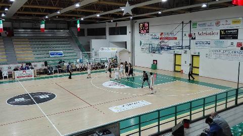 https://www.basketmarche.it/immagini_articoli/13-02-2018/d-regionale-il-camb-montecchio-supera-con-autorità-acqualagna-e-torna-alla-vittoria-270.jpg