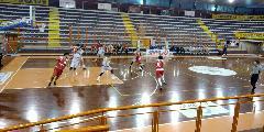 https://www.basketmarche.it/immagini_articoli/13-02-2019/vuelle-pesaro-passa-campo-amatori-pescara-resta-testa-classifica-120.jpg