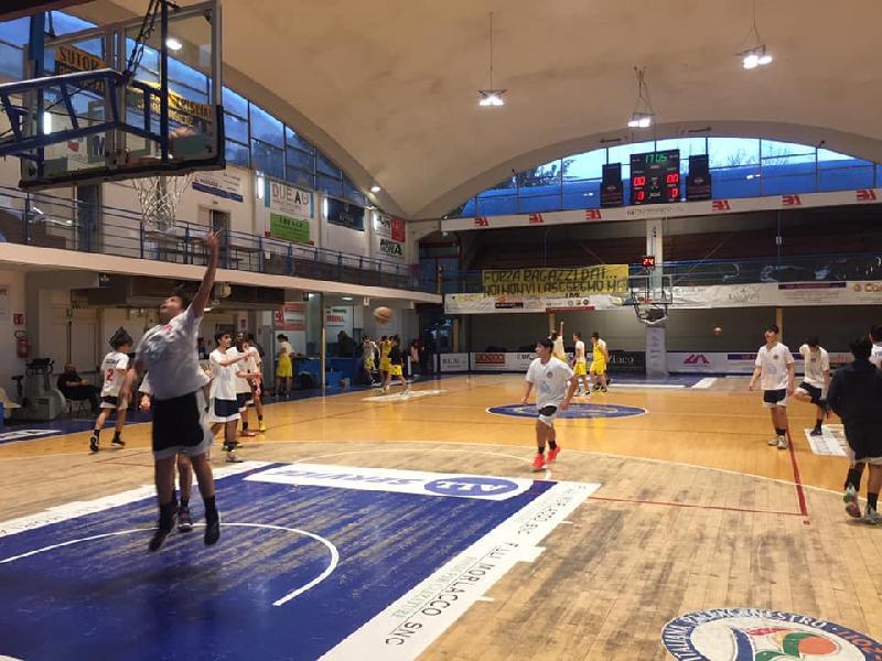 https://www.basketmarche.it/immagini_articoli/13-02-2020/under-eccellenza-virtus-assisi-sconfitta-campo-poderosa-montegranaro-600.jpg