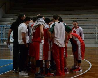 https://www.basketmarche.it/immagini_articoli/13-04-2018/d-regionale-playoff-il-basket-maceratese-pronto-per-la-serie-contro-l-aesis-jesi-270.jpg