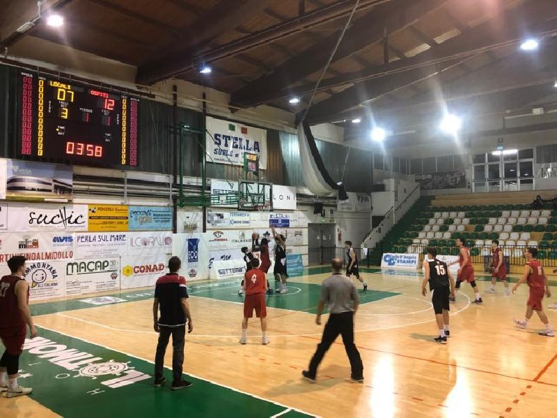 https://www.basketmarche.it/immagini_articoli/13-04-2019/playout-pallacanestro-senigallia-espugna-porto-sant-elpidio-ribalta-fattore-campo-600.jpg