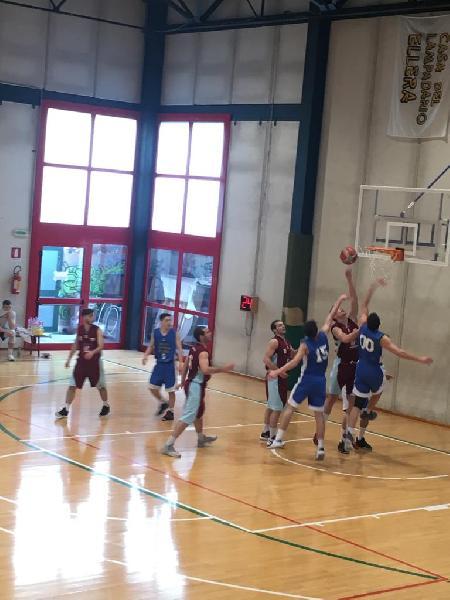 https://www.basketmarche.it/immagini_articoli/13-04-2019/regionale-umbria-playoff-live-gara-risultati-tempo-reale-600.jpg