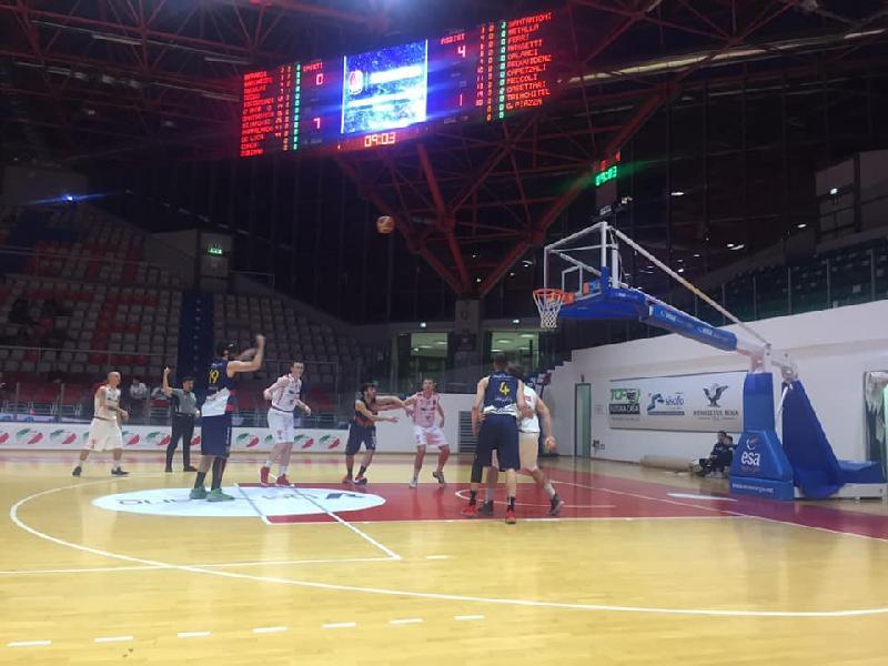 https://www.basketmarche.it/immagini_articoli/13-04-2019/silver-playoff-gara-assisi-urbania-mosciano-vasto-passano-turno-torre-spes-fermignano-pareggiano-600.jpg