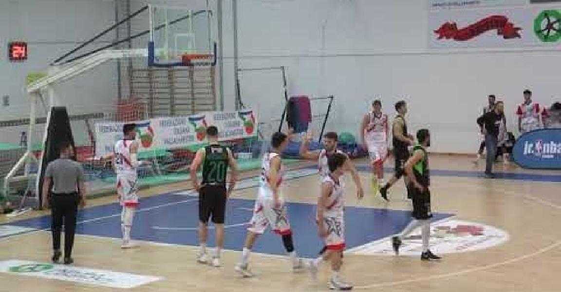 https://www.basketmarche.it/immagini_articoli/13-04-2021/adria-pallacanestro-bari-beffata-casa-basket-corato-600.jpg