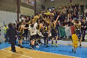 https://www.basketmarche.it/immagini_articoli/13-05-2019/serie-gold-playoff-tutto-vero-sutor-finale-aspetta-valdiceppo-120.jpg