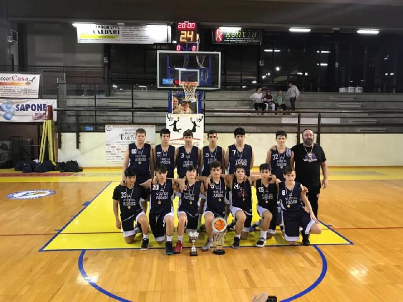https://www.basketmarche.it/immagini_articoli/13-05-2019/under-umbria-virtus-assisi-supera-orvieto-basket-conquista-titolo-regionale-600.jpg