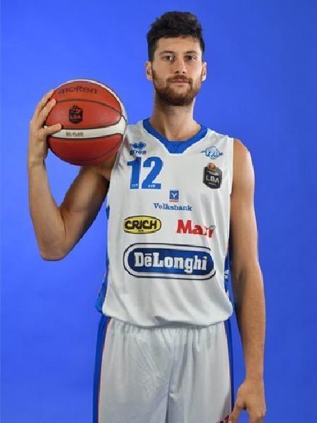 https://www.basketmarche.it/immagini_articoli/13-05-2021/pallacanestro-brescia-piace-playmaker-longhi-treviso-matteo-imbr-600.jpg
