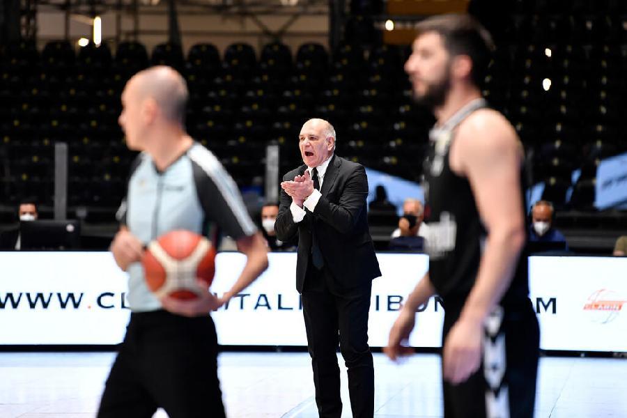 https://www.basketmarche.it/immagini_articoli/13-05-2021/trento-coach-molin-milano-squadra-grande-spessore-vogliamo-mostrare-siamo-600.jpg
