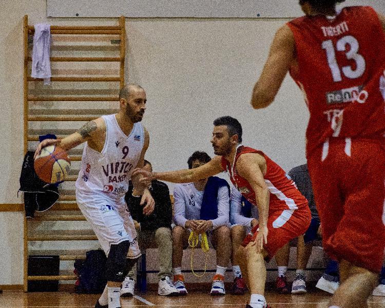 https://www.basketmarche.it/immagini_articoli/13-05-2021/virtus-civitanova-sfida-teramo-parole-lorenzo-andreani-600.jpg