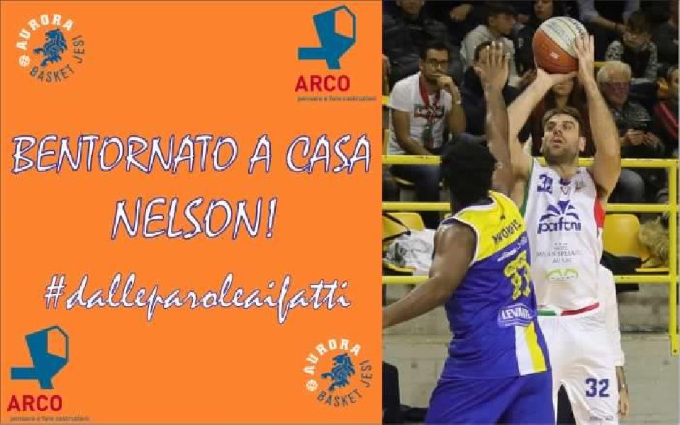 https://www.basketmarche.it/immagini_articoli/13-06-2020/inizia-botto-mercato-dellaurora-jesi-ufficiale-larrivo-nelson-rizzitiello-600.jpg