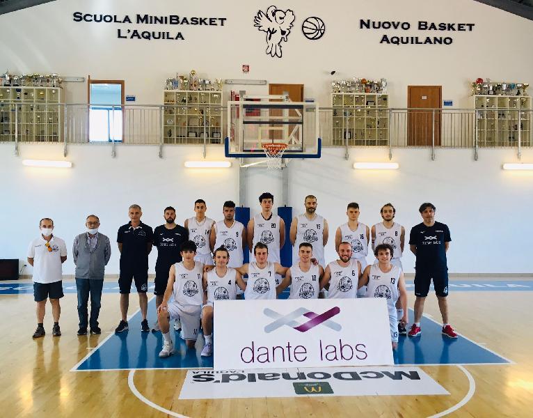 https://www.basketmarche.it/immagini_articoli/13-06-2021/basket-aquilano-conquista-quarta-vittoria-consecutiva-600.jpg