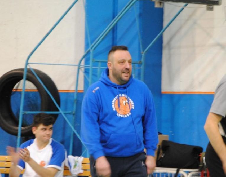 https://www.basketmarche.it/immagini_articoli/13-07-2020/ufficiale-giromondo-spoleto-annuncia-conferma-coach-nando-fratini-terza-stagione-consecutiva-600.jpg