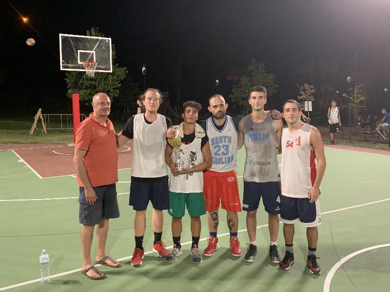 https://www.basketmarche.it/immagini_articoli/13-08-2019/sentina-porto-ascoli-aggiudica-prima-edizione-torneo-quartieri-benedetto-600.jpg