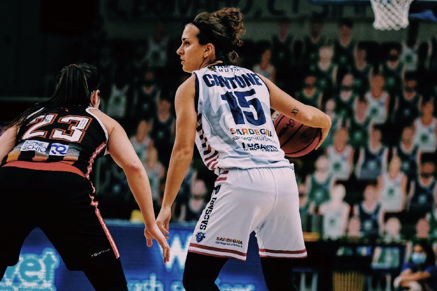https://www.basketmarche.it/immagini_articoli/13-08-2021/basket-2000-senigallia-playmaker-ufficiale-arrivo-chiara-cantone-600.jpg
