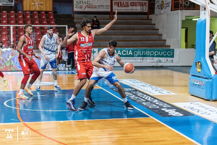 https://www.basketmarche.it/immagini_articoli/13-08-2021/ufficiale-anche-marco-caloia-roster-janus-fabriano-600.jpg