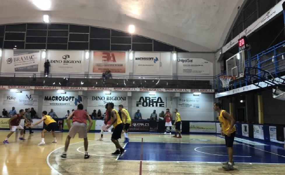 https://www.basketmarche.it/immagini_articoli/13-09-2018/serie-gold-brutta-prova-vigor-matelica-test-montegranaro-600.jpg