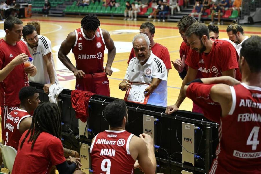 https://www.basketmarche.it/immagini_articoli/13-09-2021/pallacanestro-trieste-coach-ciani-affronteremo-periodo-chiave-completare-percorso-crescita-600.jpg