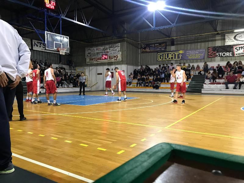 https://www.basketmarche.it/immagini_articoli/13-10-2018/basket-maceratese-conferma-imbattibilit-stagionale-espugnando-matelica-600.jpg