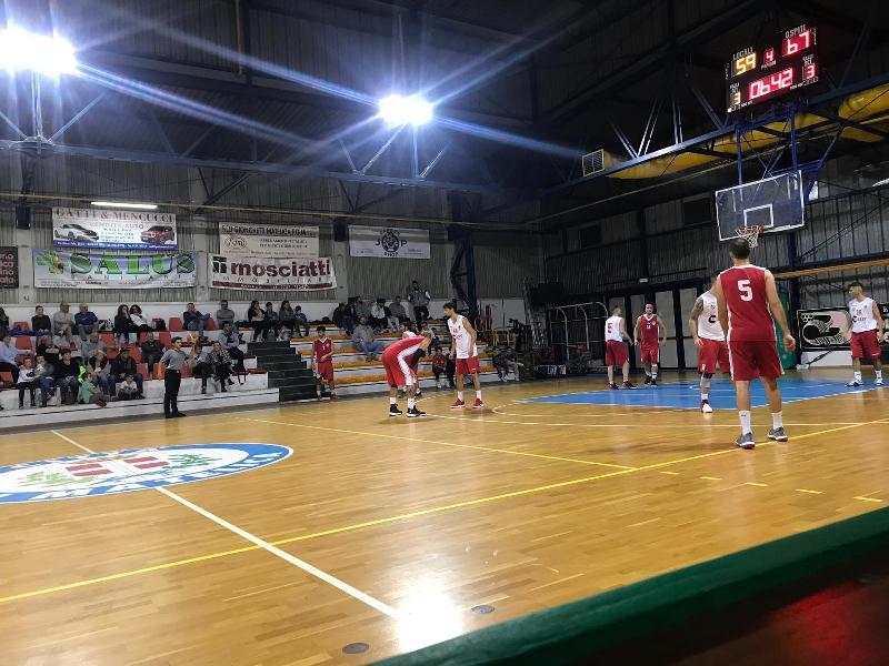 https://www.basketmarche.it/immagini_articoli/13-10-2018/regionale-live-girone-risultati-seconda-giornata-tempo-reale-600.jpg