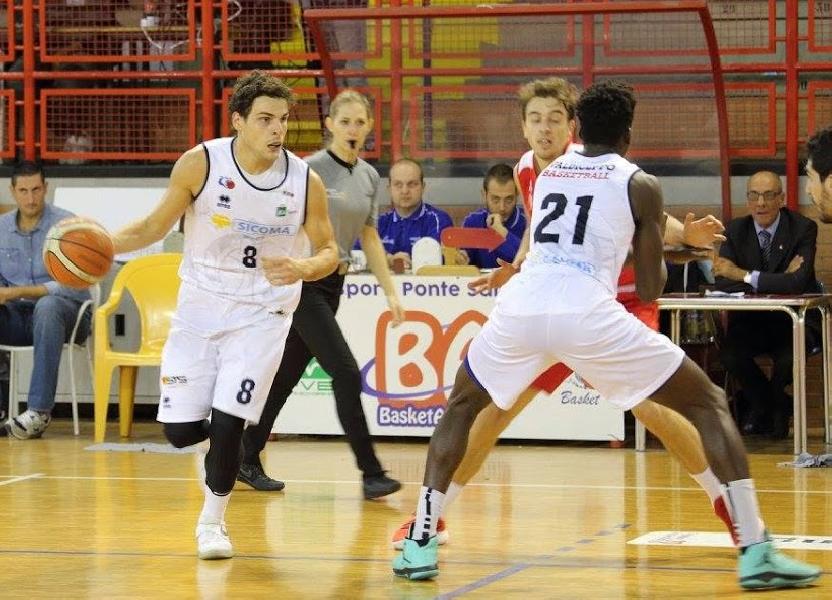 https://www.basketmarche.it/immagini_articoli/13-10-2018/valdiceppo-basket-coach-formato-derby-intenso-foligno-avversario-tosto-600.png