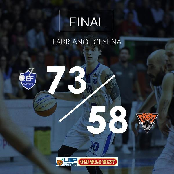 https://www.basketmarche.it/immagini_articoli/13-10-2019/janus-fabriano-riparte-subito-supera-autorit-tigers-cesena-600.jpg