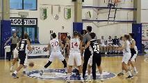 https://www.basketmarche.it/immagini_articoli/13-10-2019/olimpia-pesaro-vince-volata-derby-basket-2000-senigallia-120.jpg