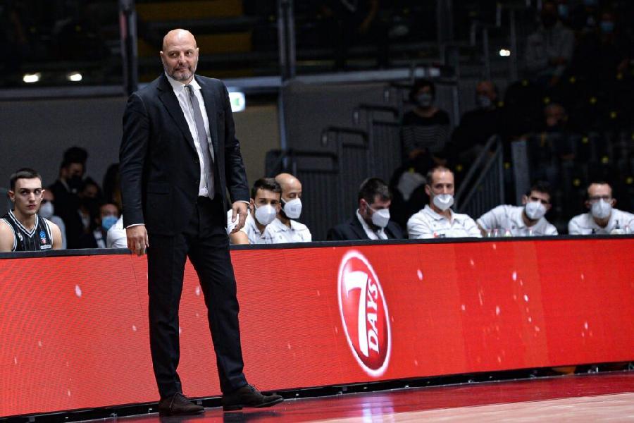 https://www.basketmarche.it/immagini_articoli/13-10-2020/virtus-bologna-coach-djordjevic-vittoria-importante-teodosic-stato-match-winner-600.jpg