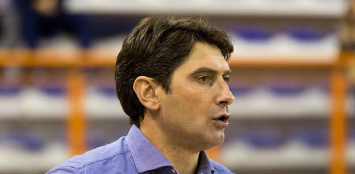 https://www.basketmarche.it/immagini_articoli/13-11-2019/ufficiale-stefano-rajola-allenatore-campetto-ancona-600.jpg