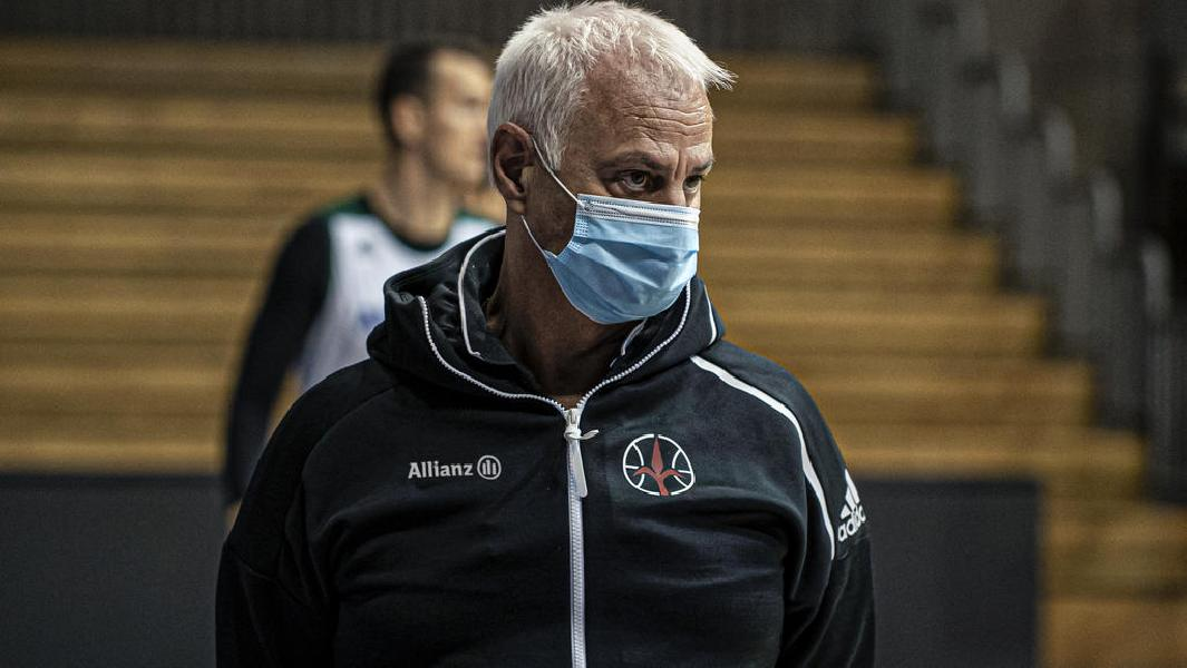 https://www.basketmarche.it/immagini_articoli/13-11-2020/trieste-coach-dalmasson-basket-italiano-deve-andare-avanti-troveremo-modo-recuperare-sfide-rimandate-600.jpg