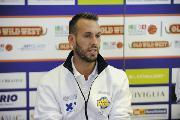 https://www.basketmarche.it/immagini_articoli/13-12-2017/serie-a2-gabriele-ceccarelli-premiato-come-miglior-allenatore-del-mese-di-novembre-del-girone-est-120.jpg