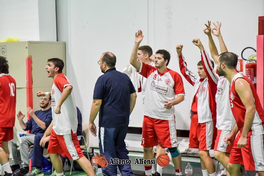 https://www.basketmarche.it/immagini_articoli/13-12-2019/basket-maceratese-impegnato-insidiosa-trasferta-campo-ponte-morrovalle-600.jpg
