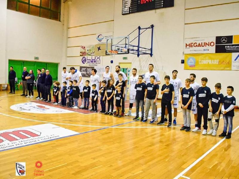 https://www.basketmarche.it/immagini_articoli/13-12-2019/janus-fabriano-attesa-complicata-sfida-campo-virtus-civitanova-600.jpg