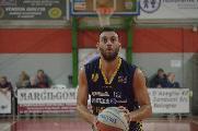 https://www.basketmarche.it/immagini_articoli/13-12-2019/sutor-montegranaro-capitano-riccardo-angilla-scrive-abbonati-120.jpg