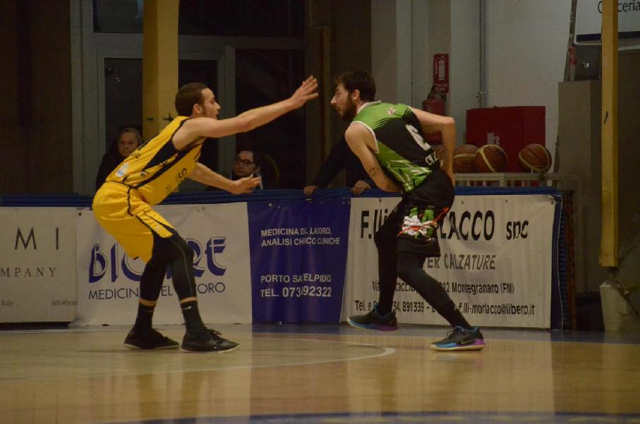 https://www.basketmarche.it/immagini_articoli/14-01-2019/atto-forza-magic-basket-chieti-campo-sutor-montegranaro-600.jpg