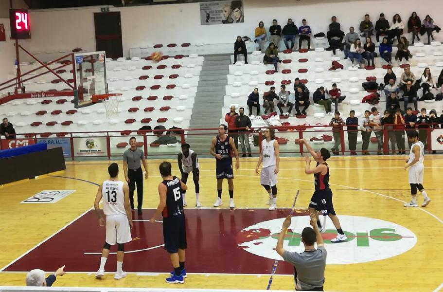 https://www.basketmarche.it/immagini_articoli/14-01-2019/virtus-civitanova-conquista-campli-terza-vittoria-consecutiva-600.jpg