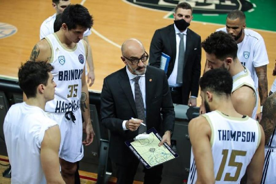 https://www.basketmarche.it/immagini_articoli/14-01-2021/brindisi-coach-vitucci-sono-felice-orgoglioso-prestazione-offerta-miei-ragazzi-600.jpg